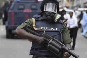 Finally!! Lagos Police Arrest 2 Notorious Robbers (Details)